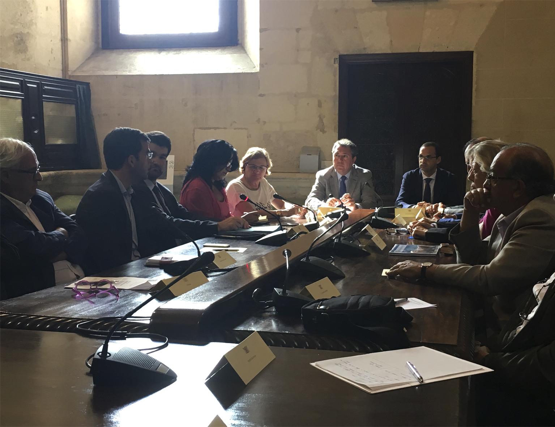 Reunión de Sevilla y Sanlúcar