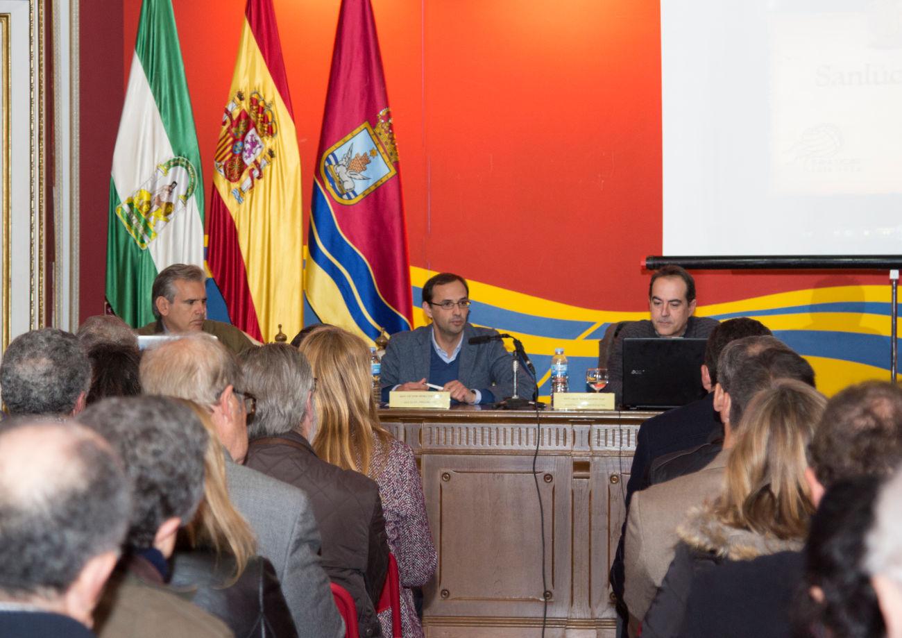 El alcalde presenta la imagen de la Sanlúcar virtual del siglo XVI