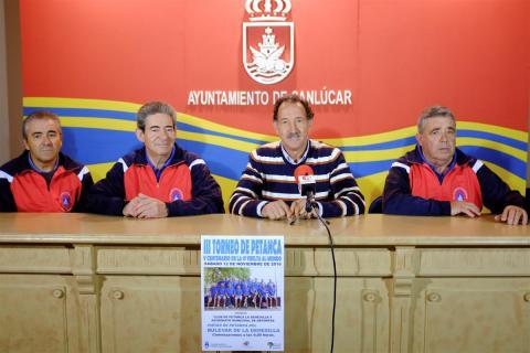 Presentación del cartel III Torneo de petanca (Foto: Nicolás García)