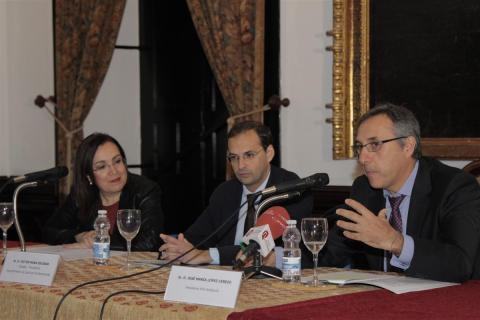 Acto inauguración de las jornadas con Catalina Madueño, Víctor Mora y José Mª López Cerezo  (foto: Mariqui Romero)